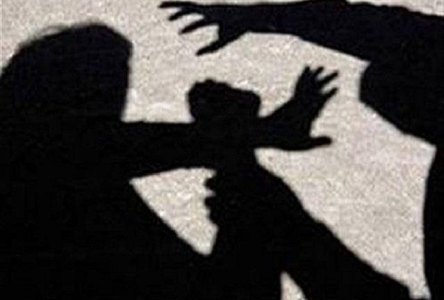 Un bărbat din Lădești a ajuns în arestul IPJ Vâlcea după ce și-a bătut mama