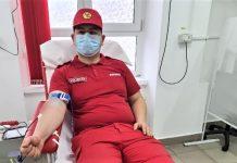 Pompieri si voluntari din cadrul ISU Mehedinti prezenti la Centrul de Transfuzie Sanguina Mehedinti