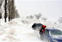 Recomandările IPJ Gorj pentru conducătorii auto: să plece la drum cu haine groase, pături, alimente şi apă
