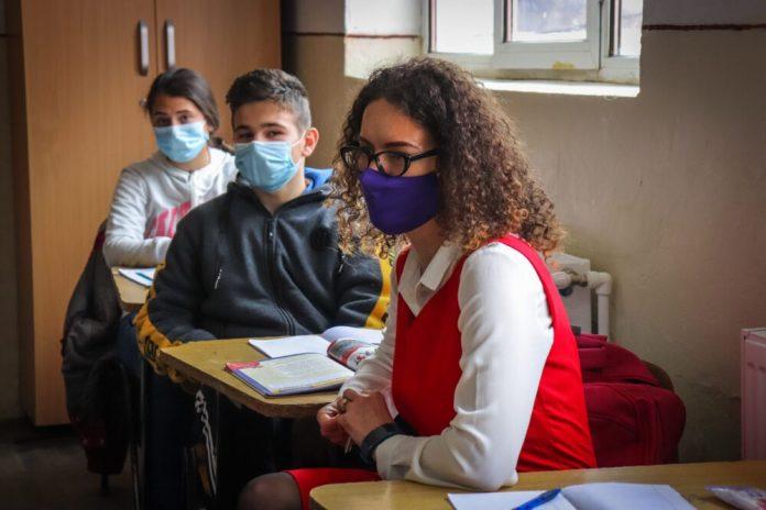 8 Martie Ziua fetelor care nu se lasa Teach for Romania
