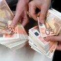 În atenția dvs. cererea dvs. de împrumut este disponibilă ...